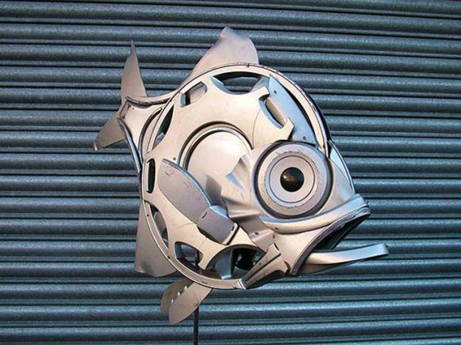 hubcaps-recycling-art-upcycling-ptolemy-elrington-6